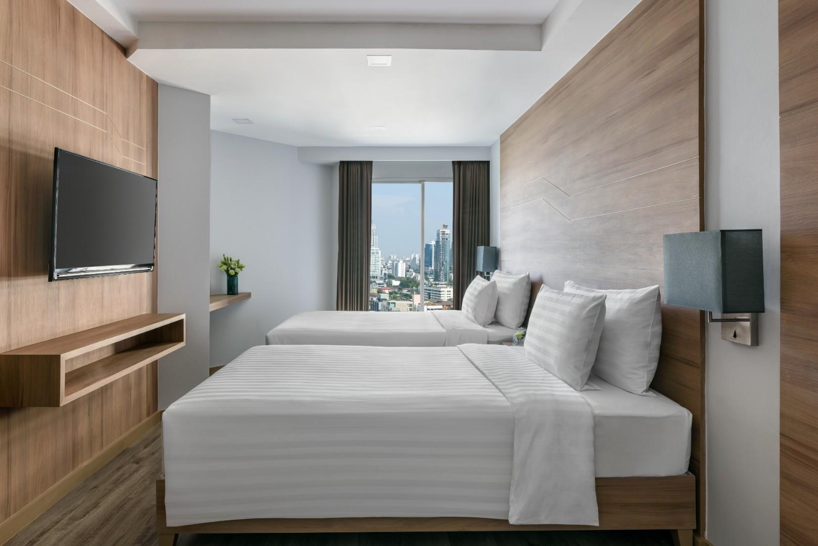 Adelphi Grande Sukhumvit Hotel - Deluxe Suite Twin-06.jpg