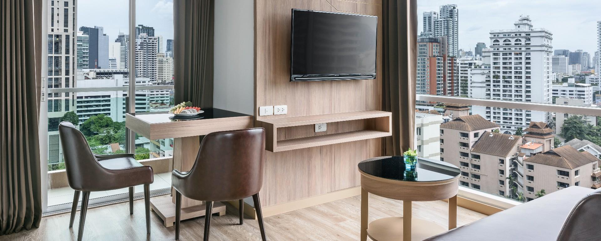 201907 Adelphi Grande Sukhumvit Hotel - Executive One Bedroom Suite Living Area.jpg