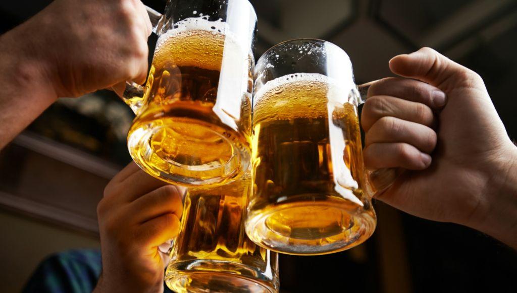 Adelphi-suite-Alcoholic-Beverage.jpg