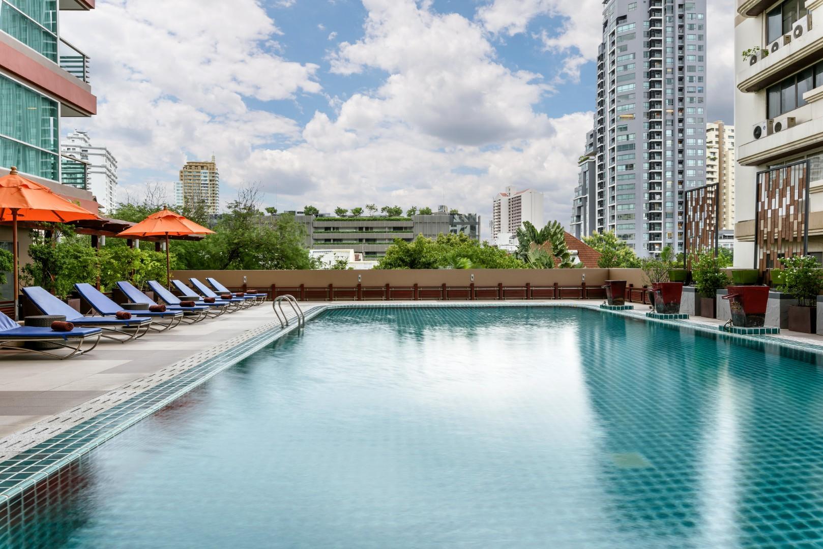201907 Adelphi Grande Sukhumvit Hotel - Swimming Pool.jpg